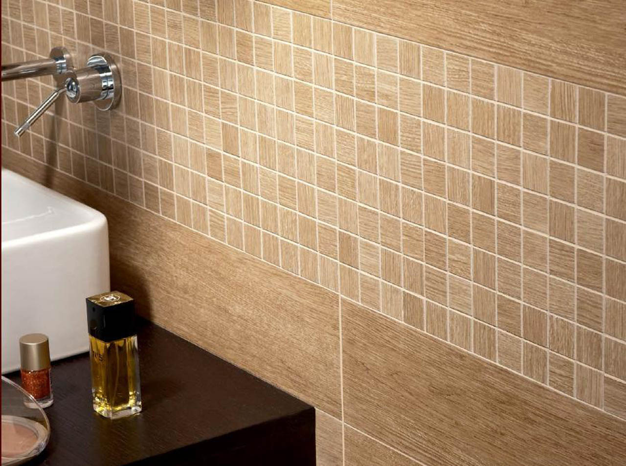 Collezioni bagno effetto legno pavimento in gres - Piastrelle bagno legno ...